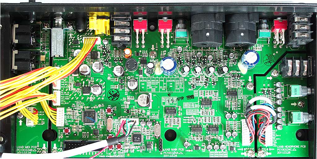 Naked Alesis iO DOCK innards